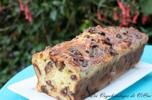 Recette Cake au crottin de chèvre et aux dattes
