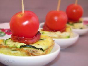 Recette Frittata aux courgettes chorizo et tomate cerise (bouchées apéritives)
