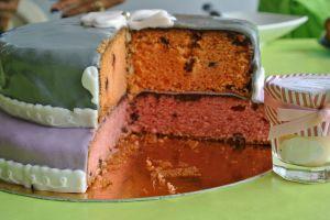 Recette Premier gâteau en pâte à sucre