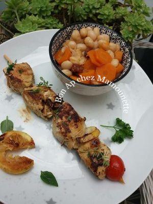 Recette Cocos de Paimpol chorizo carottes au cook et brochettes au filet de poulet thym frais et citron à la plancha