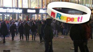 Recette Allemagne : la ville de Cologne va distribuer des bracelets «Respect» le soir du Nouvel An pour lutter contre le phénomène des agressions sexuelles