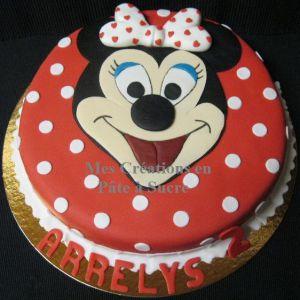 """Recette Gâteau """"Tête de Minnie"""" en Pâte à Sucre"""