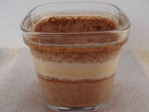 Recette Yaourts maison allégés à la pâte à tartiner protéinée (pour 8 pots)