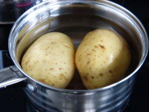 Recette Pomme de terre en habit lardé & son oeuf