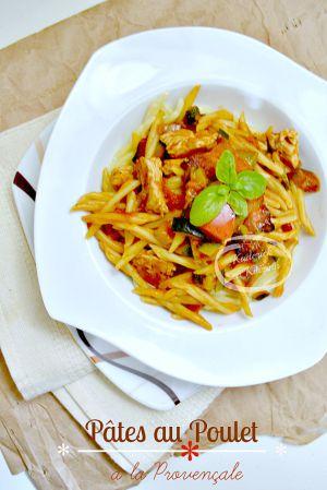 Recette Pâtes et poulet à la sauce provençale au basilic