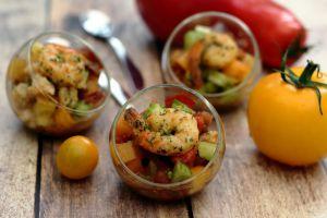 Recette Verrine de tartare de tomates multicolores et crevettes poêlées