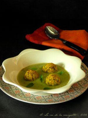 Recette Boulettes de polenta et courgette, crème de courgette épicée