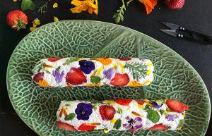 Recette Rouleaux de chèvre aux fraises et fleurs comestibles