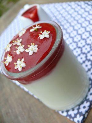 Recette Coulis de fraises, fraises des bois et fleurs de sureau