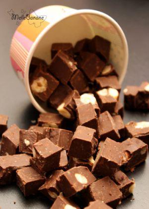 Recette Fudge chocolat noir, noisettes et chamallow