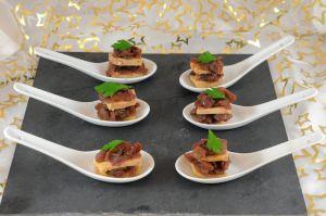 Recette Bouchées de foie gras au confit d'oignons