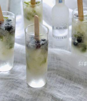 Recette Poptails au sirop de sureau /citronvert/menthe/vodka , un cocktail très givré pour le nouveau Yummy Day