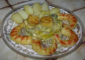 Recette Faux gambas et coquilles st jacques en fondue de poireaux et pommes de terre tournées