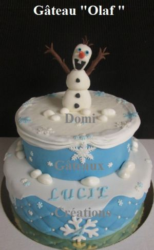 """Recette Gâteau """"Olaf"""" En Pâte à Sucre"""