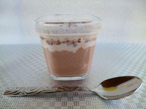 Recette Yaourts maison au cacao et à la poudre de baobab (sans sucre)