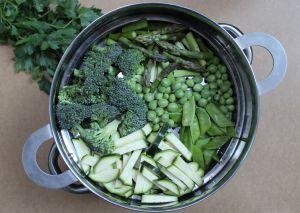 Recette Pâtes à la sauce crémeuse aux légumes verts