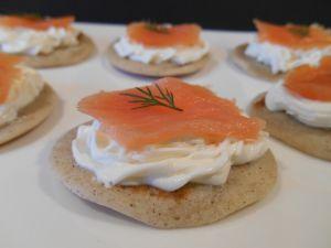 Recette Blinis au saumon fumé & fromage frais