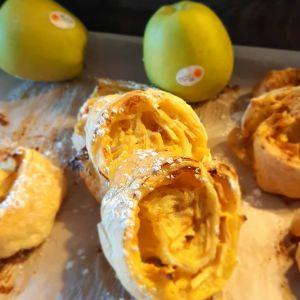 """Recette ღ """" MIAM """" Roulés feuilletés aux pommes et crème pâtissière"""