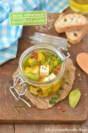 Recette Feta végétale {marinée à l'huile d'olive & aux herbes} #vegan