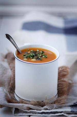 Recette Soupe à la citrouille, carotte et orange, épicée cannelle & gingembre
