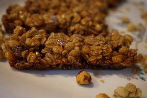 Recette Barres de céréales aux noisettes caramélisées