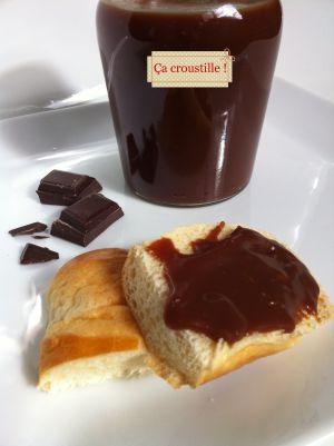 Recette Pâte a tartiner au chocolat noir et caramel