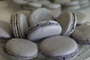 Recette Macarons au yuzu et fève tonka