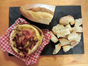 Recette Camembert oignons lardons