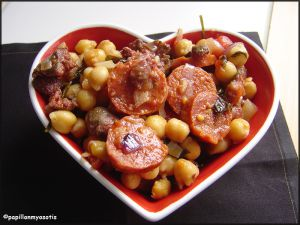 Recette Pois chiches du soleil (chorizo/figatellu) [#espagne #corse #food #mediterraneanfood]