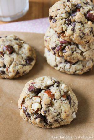 Recette Cookies aux amandes, noisettes, chocolat noir et fleur de sel