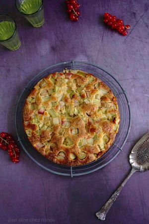 Recette Gâteau moelleux rhubarbe et pâte d'amande