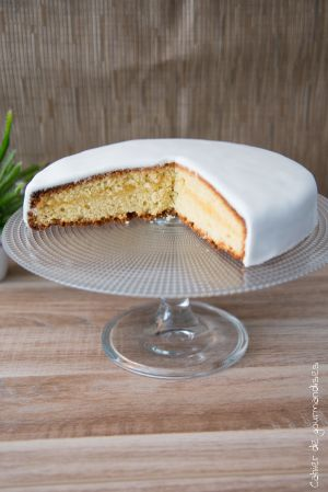 Recette Gâteau lemon curd et pâte à sucre