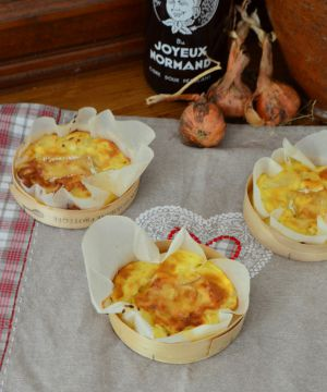 Recette Quiches sans pâte aux oignons et au camembert {dans sa boîte}