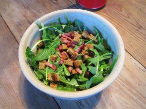 """Recette Génocide de  """"mauvaises herbes"""" - recette de salade de pissenlits"""