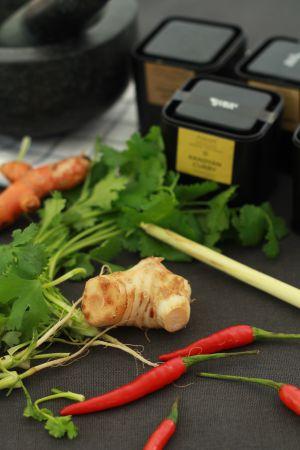 Recette Pâte de curry jaune pour cuisiner des nouilles aux gambas et coquilles St Jacques