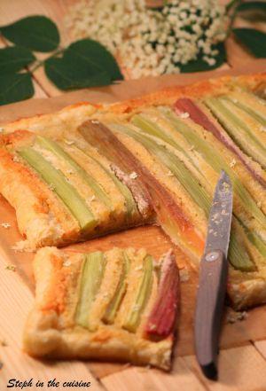Recette Tarte frangipane à la rhubarbe et aux fleurs de sureau