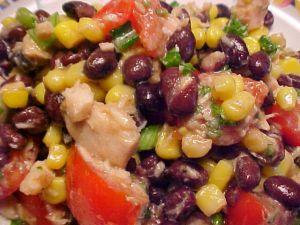Recette Salade délicieuse aux haricots noirs, au maïs et au thon