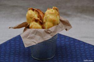 Recette Battle food : Empanadas poulet, olives et raisins secs
