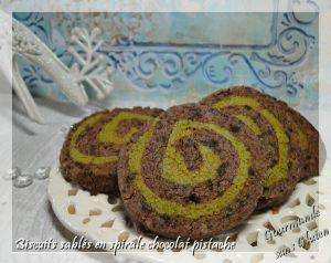 Recette Biscuits sablés en spirales chocolat pistache