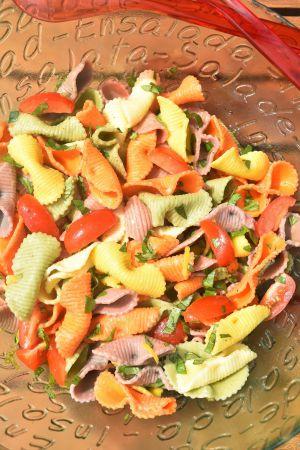 Recette Salade de pâtes colorées au basilic et citron