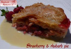 Recette Strawberry & rhubarb pie - tourte fraise & rhubarbe, crème anglaise fleur de sureau