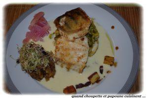 Recette Sandre a la biere blanche, fondue de poireaux a la vanille, pommes de terre facon tofaille et radis roses