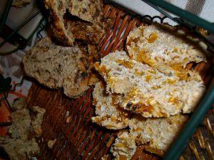 Recette Pain aux abricots secs/ Pain aux raisins secs ( sans machine à pain)