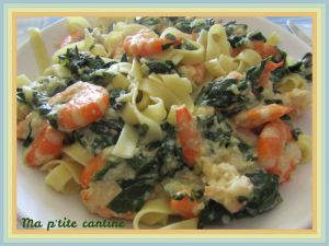 Recette Tagliatelles aux épinards et crevettes sauce crémeuse