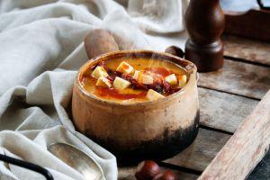 Recette Velouté de butternut, curry, morbier & chorizo