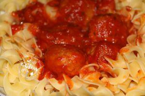 Recette Boulettes de boeuf à la tomate - Cookéo