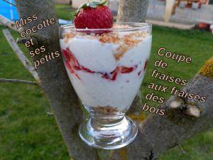 Recette Coupes de fraises vanillé et fraises des bois