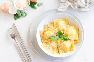 Recette Ravioles à la ricotta, tomates séchées et basilic