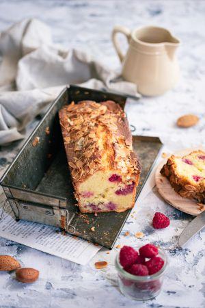 Recette Cake aux framboises et à la rose