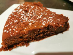 Recette Gâteau fondant chocolat et crème de marrons, et la petite touche Charentaise...et sans gluten